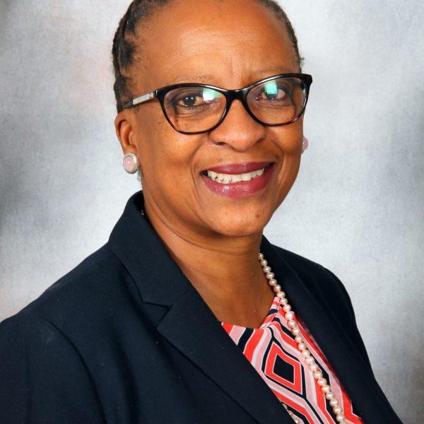 Dr Renosi Mokate